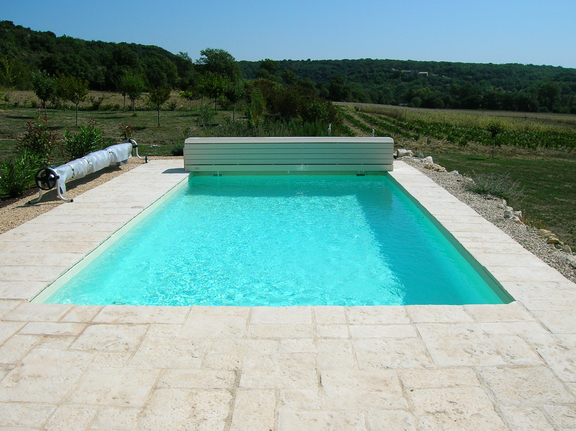 Construction piscines nimes gepad piscines et spa 30000 for Construction piscine bois