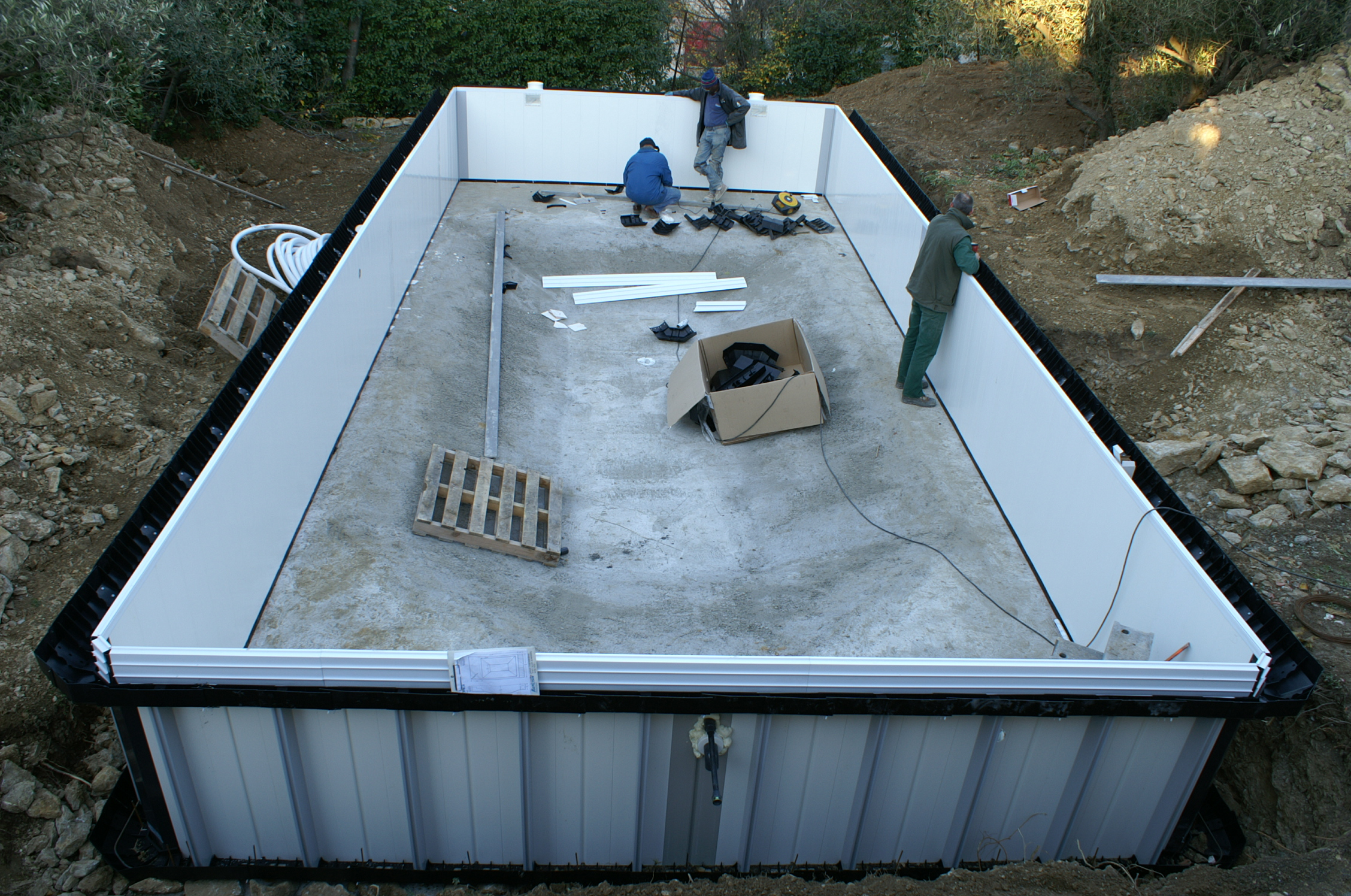 Construction piscines nimes gepad piscines et spa 30000 for Piscine hors sol en beton